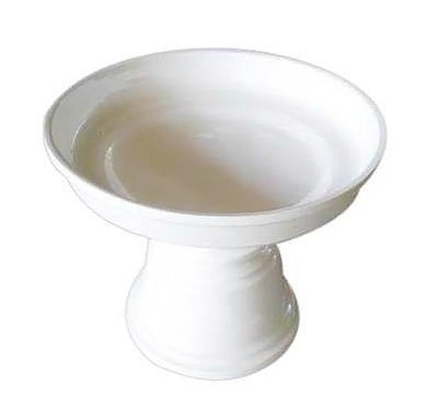 Plat laqué blanc