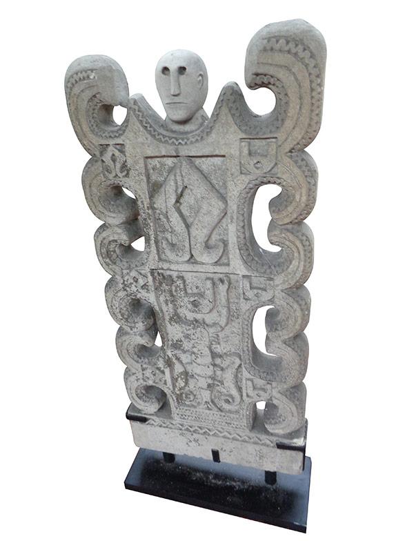 Représentation ancestrale pierre Sumba 1