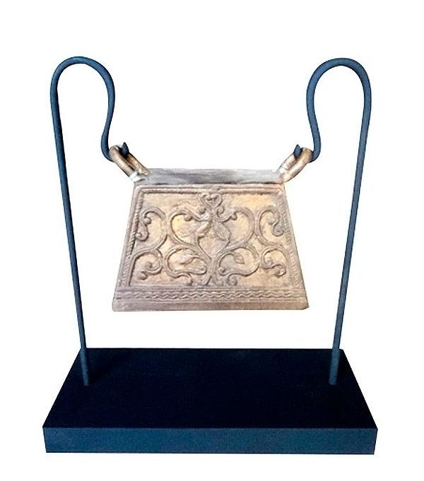 ancienne cloche en bronze