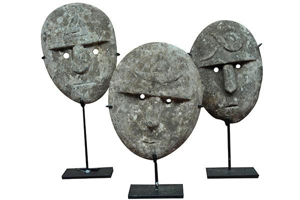 Set de 3 masques en bois