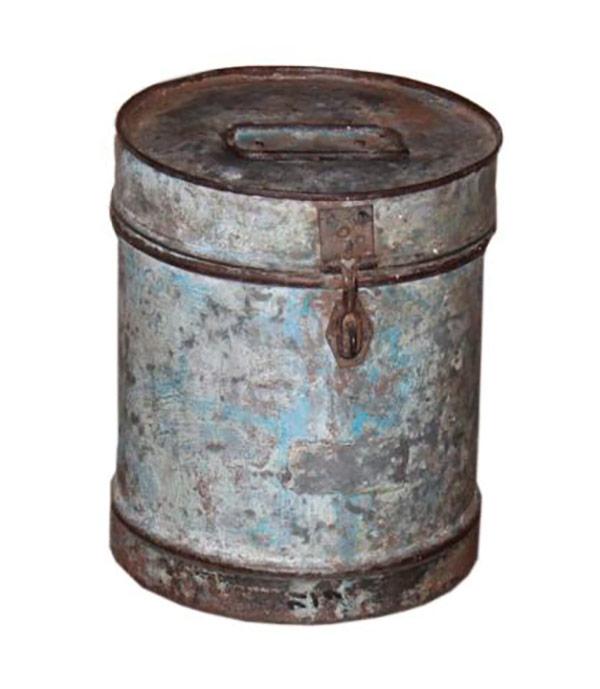 Ancienne boite en métal 1